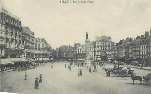Postcard France Lille la grande place