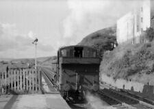 PHOTO  GWR LOCO  3772 RUNS AROUND ITS TRAIN AT NEW TREDEGAR IN SEPT 1960 1 OF 2