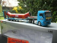 Camions miniatures utilitaire bleus