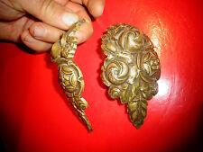 Ancienne Décoration Bombée , en bronze de Pieds de Meuble ou de Lustre Art déco