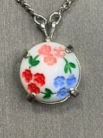 """Vintage White Pressed Milk Glass Tiny Flower Cameo necklace Silver Tone 16"""""""