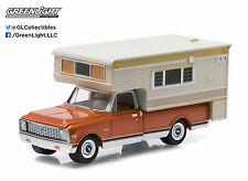 NEW! 1:64 Greenlight *HOBBY EXCLUSIVE* Brown 1971 Chevy C10 Cheyenne w/CAMPER