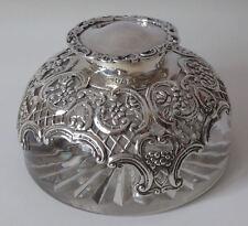 Antico Solid Argento e Vetro SCRIVANIA Inkwell 1897-eccezionale qualità da W comyns