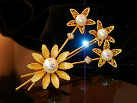 Larger Vintage 1970's Faux Pearl And AB Rhinestone Gold Tone Flower Brooch 84jn7
