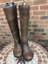 GORGEOUS BROWN LEATHER KNEE LENGTH BOOTS SIZE 5