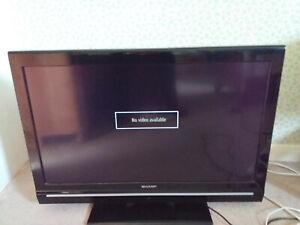 sharp 32 inch tv (LCD colour TV)