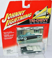 Tri chevy - 1956 Chevy Bel Air Conv-Darkgreen/white - 1:64 Johnny Lightning