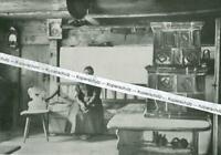 Lenggries : Ofenecke in der Stube - Schlegldorf - um 1930      W 13-14