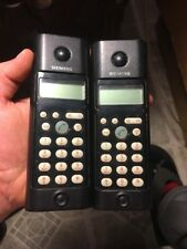 2 Siemens Gigaset A11 Phones