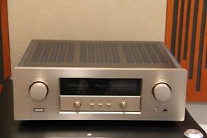 Accuphase E-306 Integrated Amplifier (trade in) excellent condition