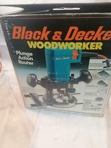 BLACK & DECKER DN66 ROUTER BOXED