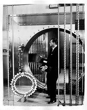Lot of 6 Joseph Cotton Teresa Wright LINEN stills THE STEEL TRAP (1952)Film-Noir