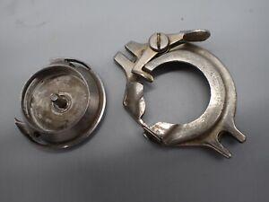 Vintage Kenmore Sewing Machine Model 117-959 Bobbin Hook