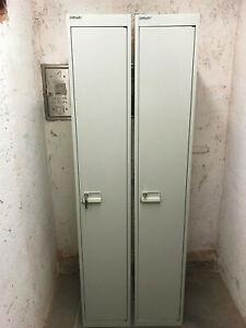 2 mal Bisley Stahlschrank, Spind, Kleiderspind, hellgrau