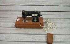Vintage Miniature Holly Hobbie Sewing Machine  6 ¾ in X 9 ¼ in X 4 ½ in