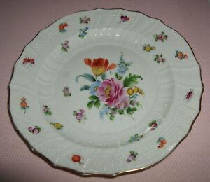 Antiker handbemalter Teller mit Blumen und Insekten - 18 cm Durchmesser