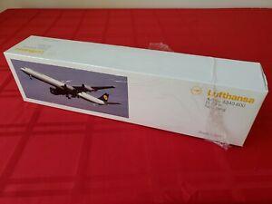 Hogan/Limox Wings Lufthansa D-AIHA A340-600 1/200 W/Box W/Stand