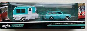 Maisto Design 1967 VW 1600 Squareback Tow & Go / Classic Craft Baby Blue, New.!