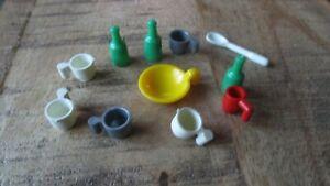 Playmobil-Lot tasses,bouteilles,assiette...1974
