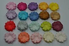 100 MULTI-COLOUR DAISY FLOWER PETAL (2 cm) Mulberry Paper Flowers cards wedding