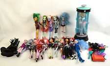 Monster High Dolls Lot 15+ Cloths & Accessories Including Lagoona Blue Hydration