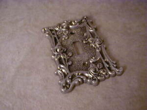 Vintage American Tack Hardware Company Rose Single Switch Plate Cover