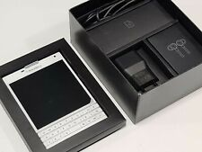Blackberry Passport 32GB White SQW100-1 QWERTZ Factory Unlocked 4G GSM : 14 Days