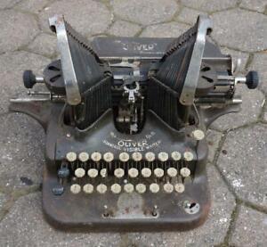 antike Schreibmaschine The Oliver Typewriter