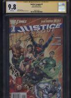 Justice League #1 CGC 9.8 SS Jim Lee NEW 52 - 2011 - Superman BATMAN