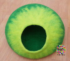 LARGE Felt Cat Cave / Cat Bed / Pet Bed / Puppy Bed / Green Cat House.100 % Wool