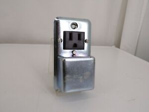EATON BUSSMANN Plug Fuse Box Cover Unit
