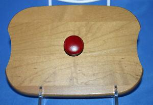 Longaberger 2009 Holiday Helper Woodcrafts Lid Red Knob
