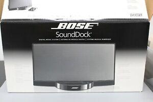 Bose SoundDock Portable Digital Music System Original 120V Black with Box