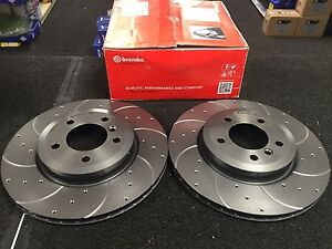 BMW 330D 330CI BREMBO CROSS DRILLED GROOVED BRAKE DISC FRONT PAIR