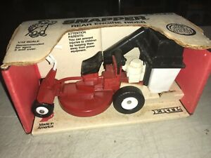 1988 Ertl Snapper Rear Engine Rider Lawn Mower Removable Bagger In Box New