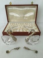 BNWOT BOXED PAIR OF SWAN SALT & PEPPER DISHES SILVER & GLASS WITH 2 SPOONS