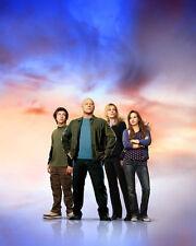 No Ordinary Family [Cast] (50018) 8x10 Photo