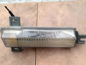 1990 1992 oldsmobile TORONADO TROFEO bumper side marker LAMP RH ONLY 16512217-A