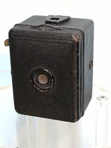 Vintage Zeiss Ikon Box Tengor A8 Film Camera