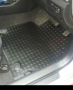 Toyota Corolla (2002 to 2006) Tailored Black 3mm Rubber Car Floor Mats Set of 4