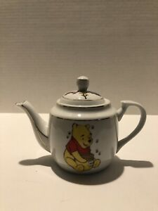 Vintage Winnie the pooh teapot Fine Porcelain Very Collectable Rare