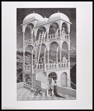 MC Escher Belvedere Poster Kunstdruck mit Alu Rahmen in schwarz 65x55cm
