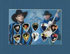 Garth Brooks Matted Picture Guitar Pick Set Limited Friends In Low Places