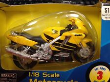 Honda CBR 600F4 YELLOW motorcycle 1/18 CBR600F4 600 F4 CBR600 F 600F Maisto