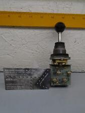 800T-T2MB53  Allen Bradley Toggle Switch 800TT2MB53 Read Description   X30