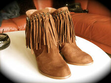 LOW BOOTS  EN DAIM SUEDE ** NOT RATED ** FRANGES TAILLE 37.MARRON