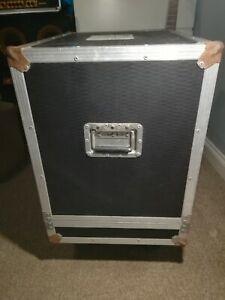 Heavy Duty Flight Case for Guitar/Bass Combo Amp, Loudspeaker, or PA Cabinet