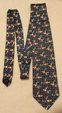 Cravate Disney 100% soie - Donald joue au foot - Mickey Unlimited