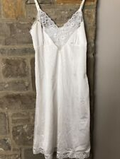 Vintage Ashley Taylor Full Nylon Slip Ivory Lacy Size 36 Excellent