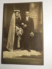 Herford - Hochzeit - Frau mit Schleier & Mann - Kulisse / KAB